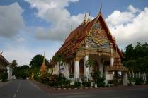 schöne Tempel mit viel Gold, immer wieder