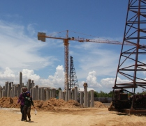 gebaut wird überall - selten so viele Baustellen gesehen