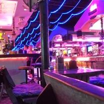 viele Bars in einer...
