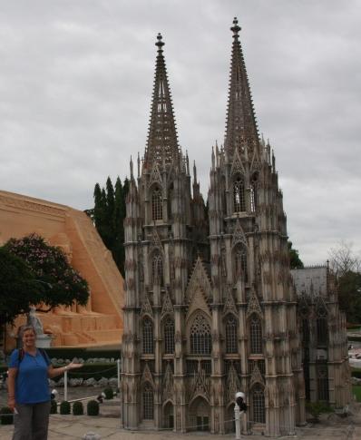 Kölle! ... ich wusste, dass der Kölner Dom gar nicht so groß ist!