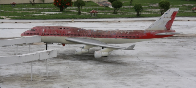 unser Flugzeug nach Kular Lumpur...