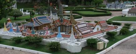 Tempelanlagen in allen Formen und Farben