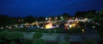 Nachts ist der Park gut ausgeleuchtet