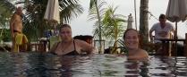 Pool auch - die Damen mögen es!