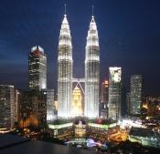 nachts glühen die Towers förmlich - riesig!