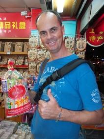 @Christof: ich habe ein 1,5 Kilogramm Schweres Country Pack mit Süßem gefunden!