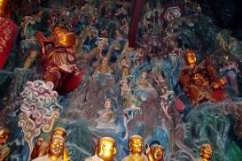 Sehr kunstvoll dieser Tempel - für uns der beachtlichste Tempel, den wir bisher gesehen haben