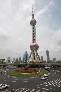 Der Oriental Pearl Tower