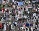Wäschetrocknen ist eine Herausforderung in den kleinen Wohnungen, die hier die meisten haben - Wäsche wird einfach überall aufgehängt...