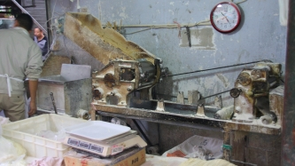 """Die Nudelmaschinen der """"alten"""" Nudelbäcker sehen toll aus"""