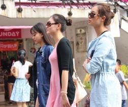 Shopping-Queens... weltweit das gleiche Bild... ;-)