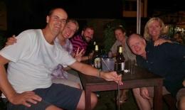Michele und Marc (Schweiz) lernten wir auch auf dem Mekong kennen - gemeinsames laotisches Fondue - sehr netter Abend!