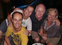 unsere Lieben Freunde Gina und Peter aus Dänemark (wir trafen sie auf unserer kurzen Bootsfahrt auf dem Mekong von Chiang Khon (Thailand) nach Luang Prabang (Laos)