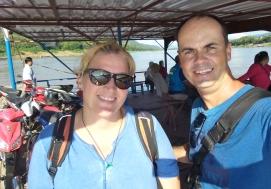auf der Fähre über den Mekong