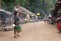 Dorfleben außerhalb von Luang Prabang
