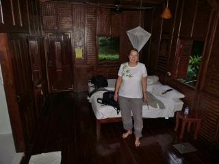 nettes Zimmer, etwas duster