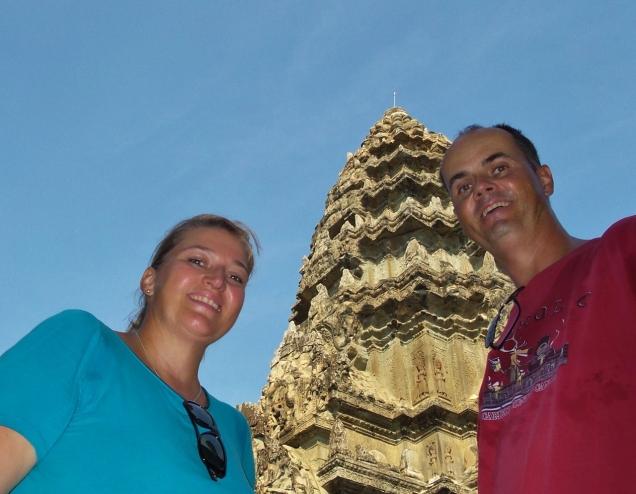 geschafft - nach drei Tagen Tempeltreten reicht es dann auch :-) Angkor Wat und die umliegenden anderen Tempelanlagen sind Spitze!
