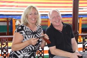Schnell die ersten netten Mitreisenden getroffen: Gina & Peter (aus Dänemark)