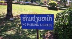 Immer eine sichere Bank, wenn man mal was zum Lachen braucht - Englischübersetzungen auf Schildern auf asiatisch (to be continued...)