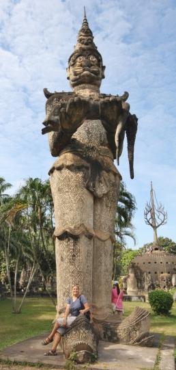 Buddha Park - mit Heike