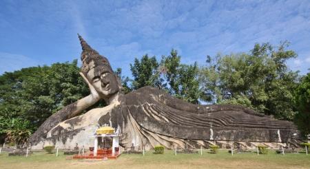 Der liegende Buddha (ohne Worte)