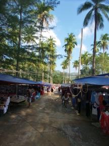 """der wöchentliche """"Night Market"""": Etwas Touri und etwas Einheimisch, für alle was dabei"""