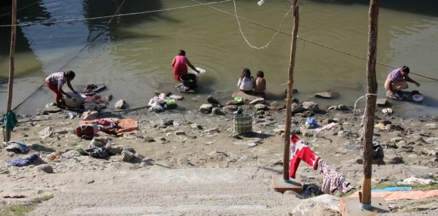 "Am Fluss ""Irrawaddy"" spielt sich ein wichtiger Teil des Lebens in Mandalay ab"