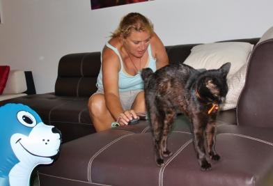 """Heike mit unserem temporären Haustier """"Katze"""""""