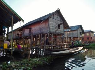 Stelzen-Haus im Wasserdorf
