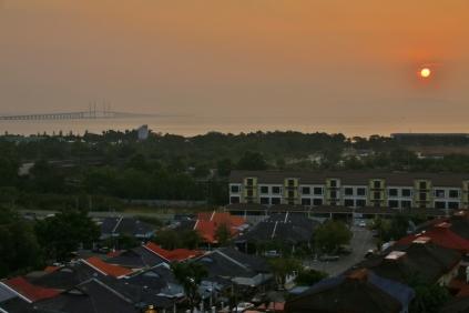 jeden Morgen ein Traum, wenn die Sonne aufgeht... (Blick aus dem Wohnzimmer)