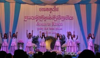 Ostersonntag in einer Khmer Kirche