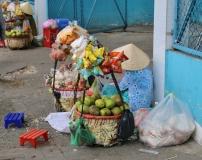 Verkaufen an der Straße.