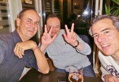 Und gleich noch ein paar ehemalige Kollegen, die sogar extra auf einen Schoppen nach Kassel gereist waren - ganz toll! Danke, Dirk und Jens!