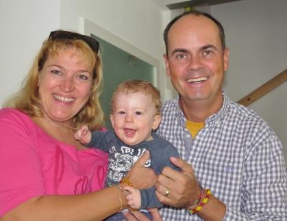"""Beim Spargelessen mit den 4M (Michaela, Markus, Maxima) trafen wir auch das """"neue M"""", den kleinen Mika. Wonneproppen!"""