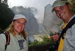 """Die """"Victoria Falls"""", deutlich größer als z.B. die Niagara Falls in den USA."""