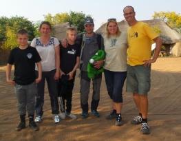 Unsere kleine Reisegruppe mit Sisse, Jakob und Familie aus Dänemark.