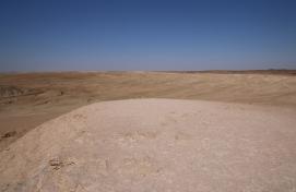 Ruckzuck sind wir in der Wüste.