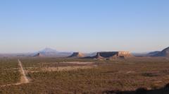 Monument Valley, auch Du kannst Dich warm anziehen - tolle Formationen!