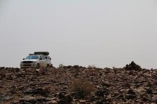 Steinwüste, auch die hält uns und unseren Toyota nicht vom Fortkommen ab.