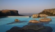 """Der Pool unseres Zeltplatzes am """"Panorame View"""" ... und es sollte noch besser kommen..."""