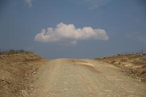 Fast überall, wo wir unterwegs sind, fahren wir in Gebirgen, immer hoch, immer hinunter, zwischn 0m bis 2.500m.