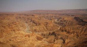 """Ein Highlight in Namibia, der """"Fish River Canyon"""" - der kann es leicht mit dem Grand Canyon aufnehmen, auch wenn er vielleicht nicht ganz so groß ist."""