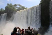 """Da kann man sozusagen """"in den Wasserfall reingreifen""""."""