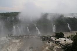 Tag 3: Wetter wieder schlechter - heute sind wir auf der brasilianischen Seite der Waterfalls.