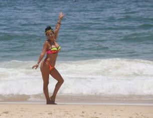 Brasilianerin beim Fototermin am Beach.