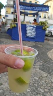 """Das Standard-Getränk auch in Salvador, der """"Caipirinha""""."""