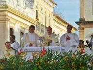 Weihnachts-Messe mit dem Erzbischof von Salvador - beeindruckender Mann! ... auch wenn wir kein Wort verstehen konnten (da Portugiesisch). Erinnerte uns etwas an Papst Franzius...