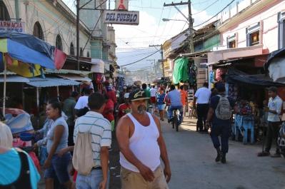 """Das normale leben der """"Nicas"""" - es ist Markttag."""