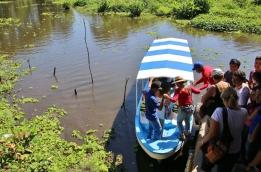 Bootstour auf dem Lake Nicaragua (wir sind gespannt, ob der überall so stinkt wie dort, wo wir gestern waren...)