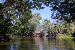 Kleine Kanäle - sie führen zum See